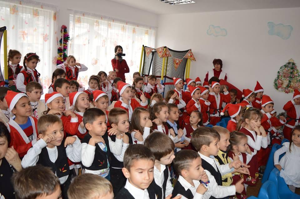 ОДЗ Ивайловград посрещна Дядо Коледа!